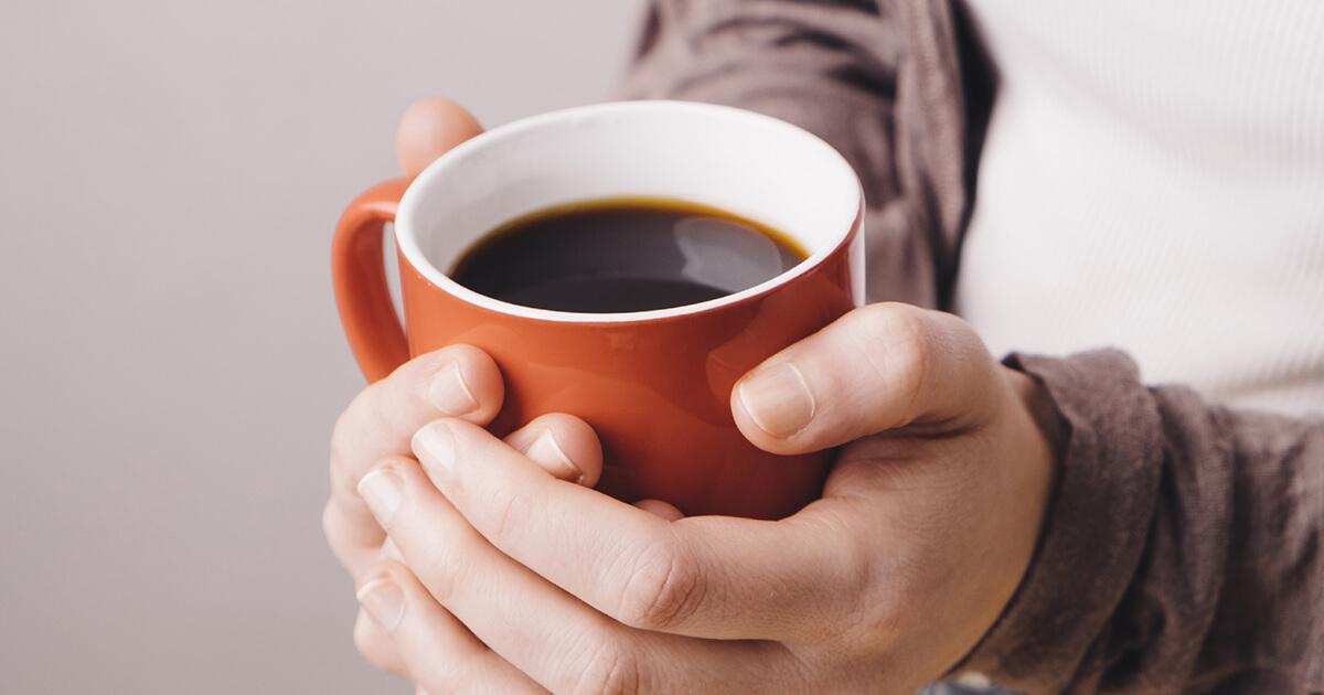 妊娠前・妊娠中、一日1-2杯のカフェインの摂取は、妊孕性にも妊娠にも影響を与えない